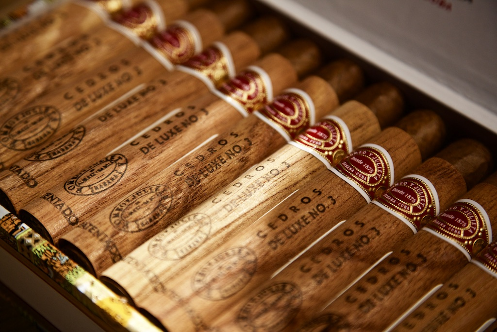 Romeo y Julieta Cedros de Luxe No 3 Zigarren